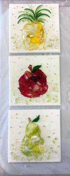 Broken Glass Crafts, Broken Glass Art, Stained Glass Crafts, Sea Glass Art, Resin Crafts, Resin Art, Creta, Crushed Glass, Fruit Art