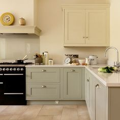 Cream and green kitchen designs. versatile kitchen units, with a hand painted finish, by barret kitchens, letterkenny, Style Shaker, Shaker Style Kitchens, Grey Kitchens, Home Kitchens, Kitchen Paint, New Kitchen, Kitchen Ideas, Kitchen Designs, Kitchen Walls