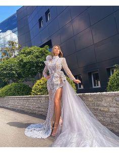 Woman Smile, Fashion Group, Formal Dresses, Wedding Dresses, Couture Fashion, Gowns, Women, Dresses For Formal, Bride Dresses