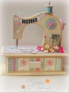 New sewing room ideas country Ideas Sewing Crafts, Sewing Projects, Craft Projects, Wood Projects, Wood Crafts, Diy And Crafts, Paper Crafts, Decoupage Vintage, Vintage Sewing