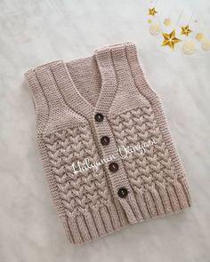 Hand Made Cardigan Models and Making – Knitting And We Baby Cardigan Knitting Pattern Free, Knitting Patterns Boys, Crochet Baby Sweaters, Baby Sweater Patterns, Crochet Poncho Patterns, Crochet Baby Clothes, Knitting For Kids, Baby Knitting, Baby Pullover Muster