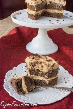 Sugar-Free Low Carb Grain Free Chocolate Peanut Butter Mug Cake- sugarfreemom. Diabetic Desserts, Sugar Free Desserts, Sugar Free Recipes, Low Carb Desserts, Diabetic Recipes, Healthy Recipes, Ketogenic Recipes, Keto Recipes, Healthy Breakfasts