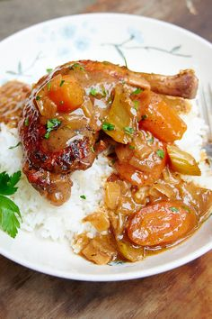 This Braised Chicken is fall-off-the-bone tender and exceptionally tasty. Braised Chicken Thighs, Slow Cooked Chicken, Chicken Gravy, Chicken And Dumplings, How To Cook Chicken, Baked Chicken, Oven Chicken, Chicken Drumstick Recipes, Chicken Recipes