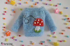 "73 Me gusta, 9 comentarios - Arte Friki (@artefriki) en Instagram: ""🦋🍄 Disponible / Available #artefriki #blytheknitclothes #blytheknitwear #blytheknit #knitting…"""