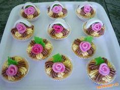 Košíčky Wedding Cupcakes, Mini Cupcakes, Cupcake Cakes, Birthday Wishes Greetings, Easy Cake Decorating, Pastry Art, Cookie Box, Buttercream Icing, Cookie Recipes