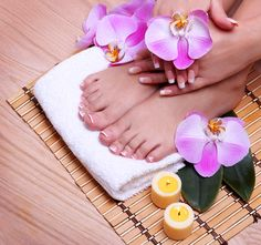 3 tratamientos para ti: Pedicura completa + exfoliación + masaje #Barcelona