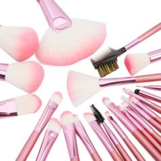 22pcs Cosmetic Brush Set . Win it today only on Tophatter.com!