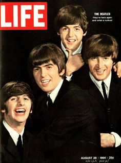The Beatles, Ringo Starr, George Harrison, Paul Mccartney and John Lennon, August 1964 Cover of Life Magazine Ringo Starr, George Harrison, Life Magazine, Magazine Rack, Paul Mccartney, John Lennon, Pop Rock, Rock And Roll, Historia Do Rock