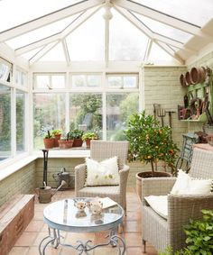 Looking for conservatory ideas? The British love affair with conservatories can be traced back to the botany-mad Victorians who would retire to their 'glasshouses' to cultivate rare and exotic plants. Take a look at our favourite designs. Conservatory Ideas Interior Decor, Conservatory Interiors, Conservatory Dining Room, Glass Conservatory, Conservatory Design, Sunroom Decorating, Sunroom Ideas, Glass House, House Prices
