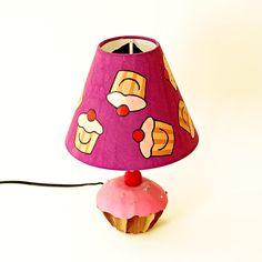 Cute cupcake lamp