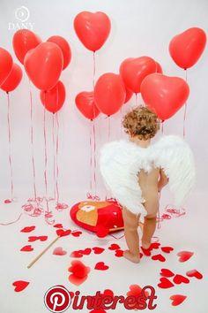 s Clothing Children' Valentine Mini Session, Valentine Picture, Valentines Day Baby, Valentines Day Pictures, Baby Shooting, Shooting Photo, Cute Photography, Holiday Photography, Newborn Pictures
