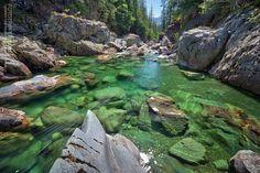 Secret Emerald Pools - Vancouver Island