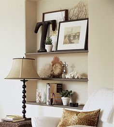 Recessed shelves are so chic. Looking at my walls right now.in my living room. Art Niche, Niche Decor, My Living Room, Living Room Decor, Wall Nook, Recessed Shelves, Wood Shelves, Alcove Shelving, Up House
