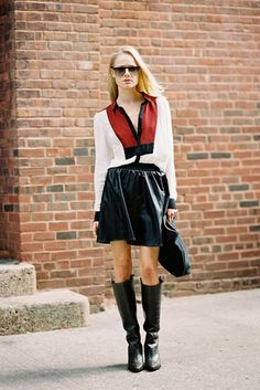 Love everything about this look, especially the blouse and the clutch!