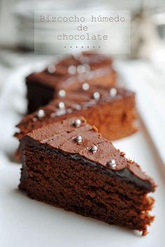 Bizcocho húmedo de chocolate