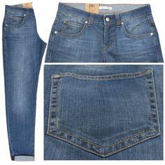 FormNr.: 3370 ; Art.Nr.: 0336L ; Farbnr.: D544  Farbe: blue used Jeans mittelblau verwaschen  Form Sexy ist eine modische Jeans im Boyfriendstyle und hat eine mittlere Leibhöhe und einen bequemen Oberschenkel. Der Beinverlauf ist gerade und schmaler werdend. Fußweite 28cm.  Zusammensetzung: 98% Baumwolle und 2% Elasthan ergeben hohen Tragekomfort und lange Haltbarkeit. Pflegehinweis: waschbar bei 40 Grad.  Bundweitenangaben in deutscher Konfektionsgröße und Längenangaben in Inch.