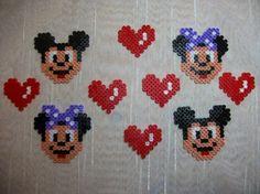 Mickey et minnie en perles hama