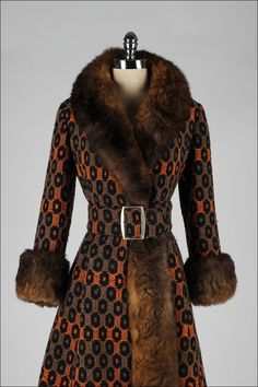 Vintage 1960's Optical Print Wool Rabbit Fur Trimmed Princess Coat image 2