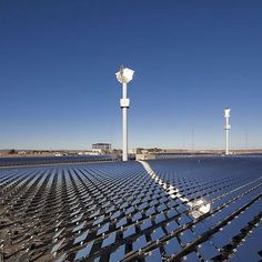The Awali project in Bahrain will integrate an initial five megawatt solar capacity into a wireless smart grid network, marking another step towards the development of smart cities in the gulf. By Petra Solar and partners #smartcommunity