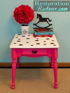 after Polka Dot Table Makeover for a little girls room or paint it up blue for boys Painted Chairs, Hand Painted Furniture, Funky Furniture, Refurbished Furniture, Repurposed Furniture, Furniture Projects, Furniture Makeover, Painted Tables, Furniture Design
