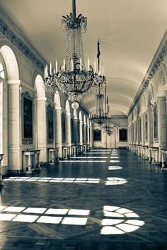 ...i want to walk down this corridor, dressed entirely in Chanel ...