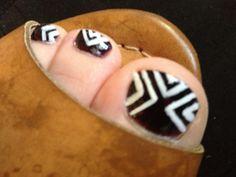 Black and white geometric toe nail art