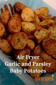 """Air Fryer Garlic and Parsley Baby Potatoes """"These are very similar to roasted potatoes, crispy on the outside and fluffy on the inside."""" - Air Fryer Garlic and Parsley Baby Potatoes Air Fryer Recipes Breakfast, Air Fryer Oven Recipes, Air Frier Recipes, Air Fryer Dinner Recipes, Air Fryer Recipes Potatoes, Air Fryer Recipes Vegetables, Kohlrabi Recipes, Breakfast Dishes, Veggies"""