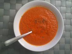 De pucheros y otros: Sopa de tomate