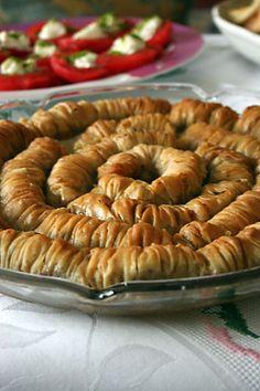 Turkish Baklava, tissue-thin phyllo pastry with Walnut Filling | portakal agaci