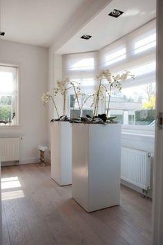 designa - two big eyecatchers White Planters, Luxury Vinyl Flooring, Interior Inspiration, Home Accessories, Sweet Home, New Homes, Living Room, Interior Design, House Styles