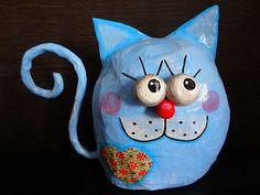 Gato Azul - Blue Cat - Paper mache cat - Gato em papel. Este trabajo es hermoso.