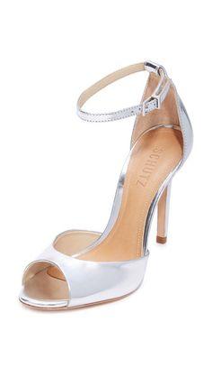¡Consigue este tipo de sandalias de tacón de SCHUTZ ahora! Haz clic para  ver los detalles. Envíos gratis a toda España. Schutz Saasha Lee Sandals:  Mirrored ...