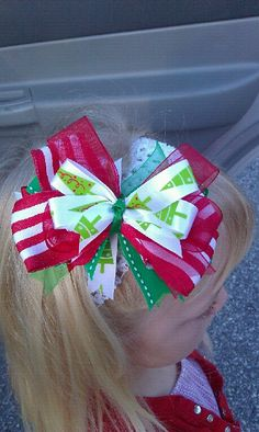 Items similar to Christmas Hair Bow on Etsy Ribbon Hair Bows, Diy Hair Bows, Bow Making Tutorials, Christmas Hair Bows, Xmas, Hair Bow Tutorial, Gift Bows, Boutique Hair Bows, Making Hair Bows