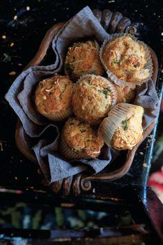 Matmuffins går snabbt att göra och kan varieras i det oändliga. Här är en favorit med ost och örter