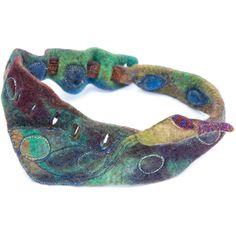Neck sculpture women accessory in embroidered door ArianeMariane, €260.00