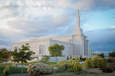 """Albuquerque, New Mexico LDS Temple  - MormonFavorites.com  """"I cannot believe how many LDS resources I found... It's about time someone thought of this!""""   - MormonFavorites.com"""