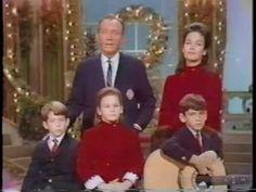 Bing Crosby & Family - Christmas Medley (1968)