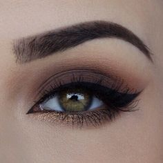 If you would like enhance your eyes and also increase your attractiveness, finding the very best eye make-up tips and hints will help. You need to be sure you wear make-up that makes you start looking even more beautiful than you already are. Makeup Goals, Love Makeup, Makeup Inspo, Makeup Inspiration, Makeup Tips, Makeup Ideas, Makeup Style, Makeup Geek, Dark Makeup Looks