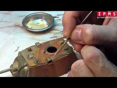 ▶ Mig Jimenez Painting Master Class at IPMS Stockholm 2014 Day 2 - YouTube