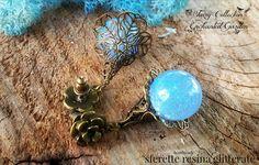 Orecchini sfere resina glitter celesti bronzo , by Evangela Fairy Jewelry, 12,00 € su misshobby.com