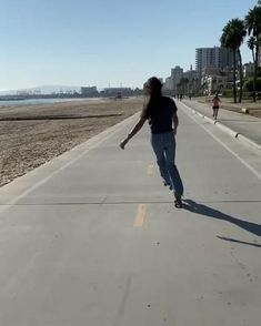 Disco Roller Skating, Roller Skate Shoes, Body Hacks, Surf, Beach, Water, Outdoor, Inline Skating, Rolling Skate