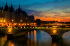 Pont au change by Matthieu Godon on 500px