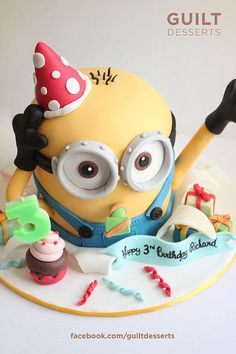 Minion Cake by guiltdesserts Minion Cake birthday party kids adult unisex cupcake popcake boys and girl Crazy Cakes, Fancy Cakes, Cute Cakes, Adult Birthday Cakes, Minion Birthday, Cake Birthday, Minion Torte, Cake Minion, Minion Meme