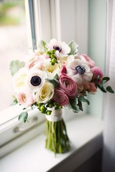 ranunculus and anemone bouquet. interesting use of flowers you don't see in every bouquet Anemone Bouquet, Anemone Flower, White Anemone, Pink Bouquet, Flower Bouquets, Ranunculus Flowers, Poppy Flower Bouquet, White Ranunculus, Pink Tulips