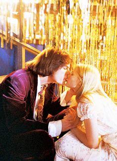 "Kirsten Dunst & Josh Hartnett en ""Las virgenes suicidas"" / ""The virgin suicides"""