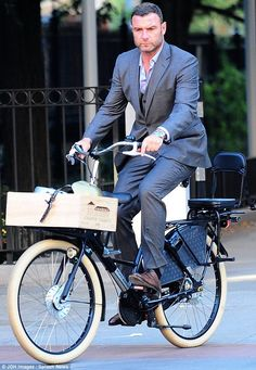 That look harsh... On an average day, the bike has an extra seat in front and in the back, but no padding in between