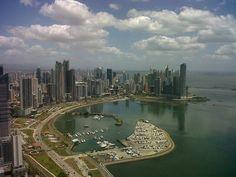 - Vista de la ciudad de panamá skyline de torre en la avenida balboa rivage. - 969054_438700852892288_63563978_n.jpg (800×600)