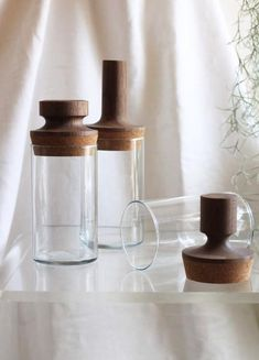 Fort Standard Vessel w/ Walnut Topper Beer Bottle Crafts, Diy Bottle, Recycled Glass Bottles, Wood Candle Holders, Cork Stoppers, Wood Turning Projects, Glass Design, Home Crafts, Glass Art