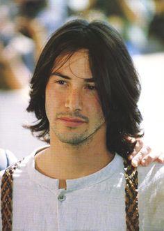 Keanu Reeves her hair was like Keanu so here you go lmao Keanu Reeves Young, Keanu Charles Reeves, Keanu Reaves, Look Man, Hair Photo, Grunge Hair, Haircuts For Men, Gorgeous Men, Movie Stars