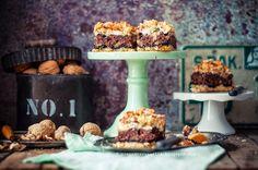 pieprz czy wanilia fotografia i kulinaria: Pleśniak z orzechami włoskimi